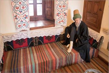 في متحف مولانا